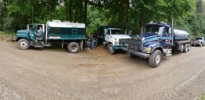 pump crew.JPG
