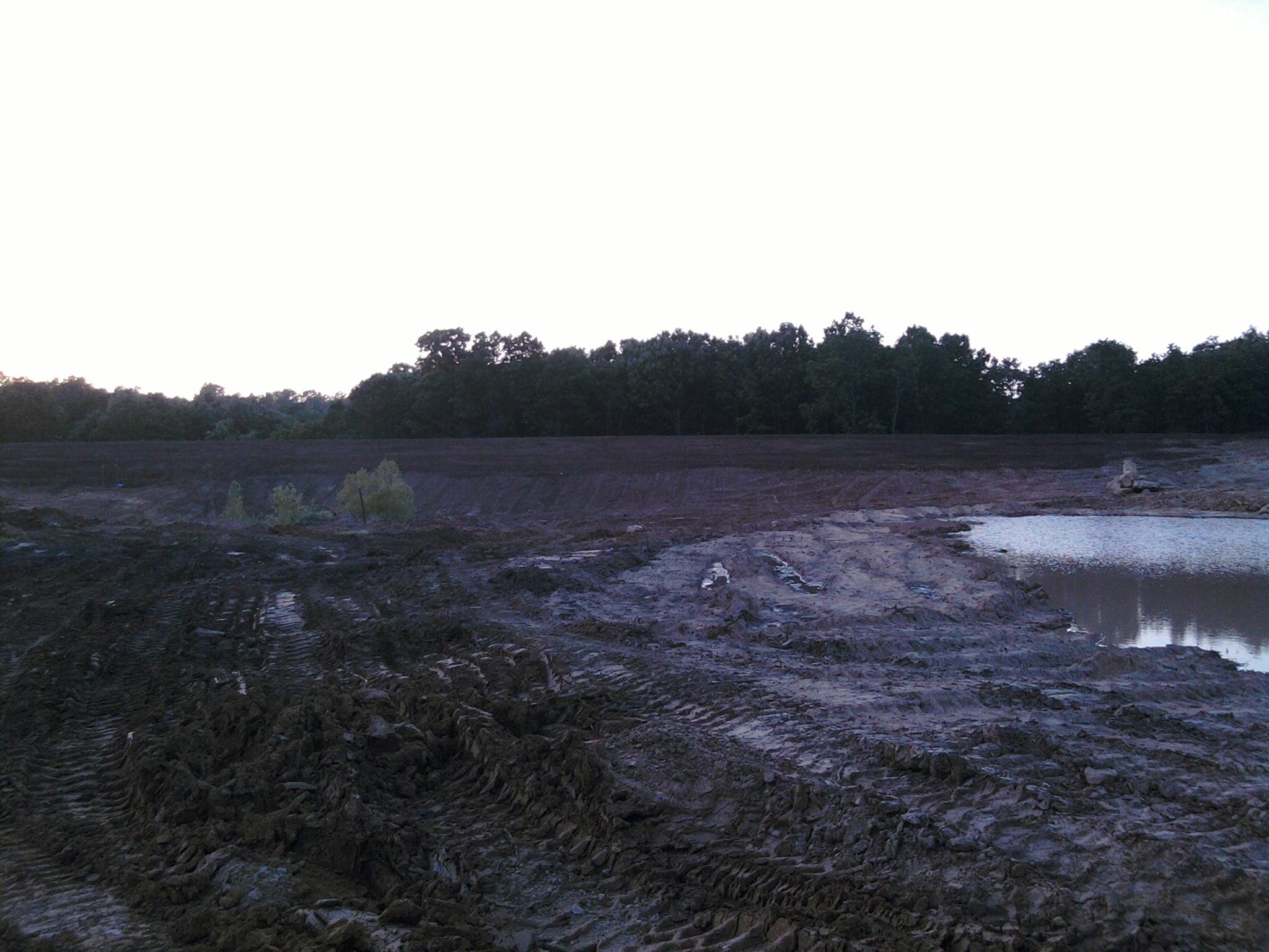 Building a easy pond i thought building a dam pond for Pond dam design
