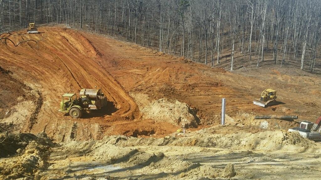 2015 dam construction and new pond building a dam pond for Small pond dam design